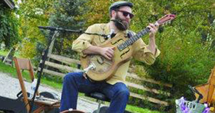 Music in the Park: Gerry Hundt, Food: Mario's Image